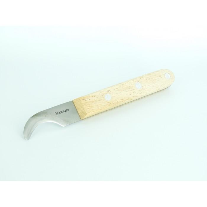 Blender knife hooked