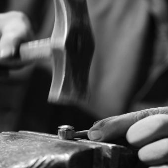 #vergezblanchard  #outilcuir  #leathertools  #madeinfrance  #couteaumécanique #brassploughcutter #madeinnormandy #francoisdaburon